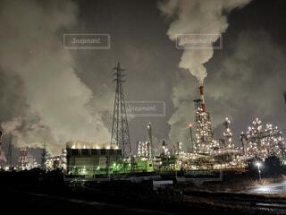 風景,空,建物,屋外,雲,工場,タワー,高層ビル,煙,蒸気