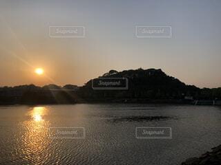 自然,風景,空,屋外,湖,ビーチ,雲,ボート,夕暮れ,川,水面,山