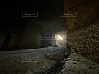 建物,暗い,灯り,洞窟,明るい,神秘,穴,大谷資料館