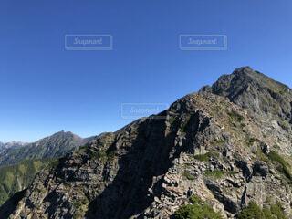 空,森林,屋外,山,景色,岩,高原,北アルプス,景観,落葉,眺め,山腹