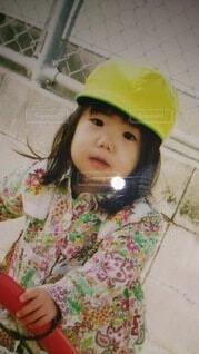 風景,アクセサリー,屋内,帽子,少女,人物,人,赤ちゃん,幼児,少し,人間の顔,日よけ帽