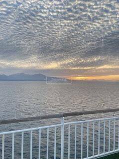 風景,海,空,屋外,湖,ビーチ,雲,船,水面,山