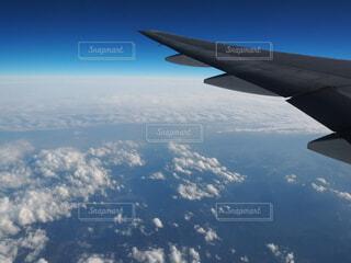 自然,空,屋外,雲,飛行機,窓,飛ぶ,大地,フライト,羽ばたく,旅客機,トラベル,眺め,空の旅,航空,高い