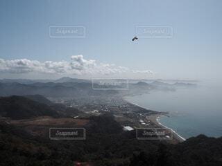自然,海,空,鳥,屋外,湖,ビーチ,雲,水面,山,丘