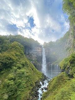 自然,風景,空,屋外,緑,水面,山,滝,樹木