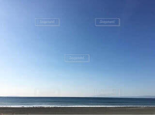自然,海,空,屋外,白,ビーチ,青空,青,砂浜,海辺,水面,水平線,beach,快晴