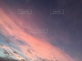 空,屋外,ピンク,雲,青,夕焼け,夕暮れ,紫,夕方,日の出,sunset,サンセット,マジックアワー,夕暮れ時,残光