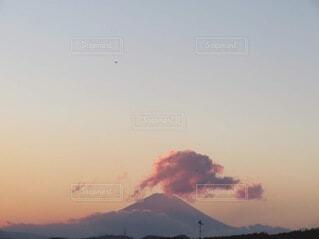 風景,空,富士山,屋外,ピンク,太陽,雲,夕焼け,夕暮れ,山,日の出,sunset,日の入り,サンセット,マジックアワー,グラデーション