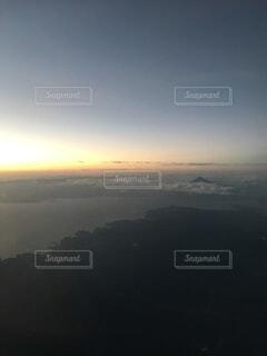 自然,空,夜空,太陽,雲,夕暮れ,暗い,水面,霧
