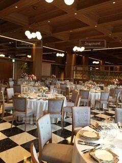 屋内,結婚式,テーブル,天井