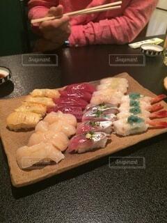 食べ物,屋内,デザート,料理,寿司,魚介類,サーモン,レシピ,ファストフード,フライ返し