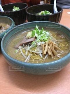 食べ物,スープ,麺,ラーメン,めんつゆ,ボウル,アジアのスープ