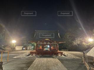 夜,屋外,神社,静寂,霧,ライトアップ,開運,スクリーン ショット