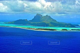 上空からのボラボラ島の写真・画像素材[192862]