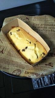 チョコレートチップ入りパウンドケーキをどうぞ‼の写真・画像素材[4123065]