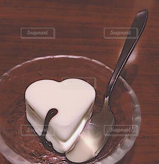 スイーツ,ハート型,デザート,ハート,アイス,可愛い,甘い,おいしい,ハートのアイス,ハートのデザート