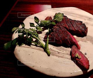 食べ物,フード,皿,オシャレ,食器,肉,料理,おいしい,ステーキ,お肉,肉料理