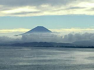海,空,富士山,屋外,ビーチ,雲,綺麗,水面,海岸,山,景色,江ノ島