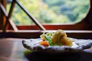 食べ物,食事,屋内,緑,景色,フード,料理,窓際,天ぷら,飲食,きのこ
