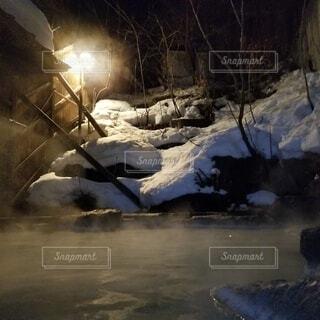 自然,冬,温泉,夜,雪,屋外,水面,洞窟,湯けむり,スキー場,露天風呂,東北,蔵王,1月,2月,冬の温泉,冬の東北