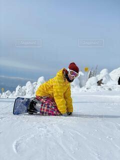 冬,雪,屋外,山,氷,人物,人,スキー,スノボ,ゲレンデ,スキー場,スノーボード,樹氷,東北,蔵王,1月,日中,私,2月,ウインタースポーツ,スノーモンスター,座り,スポーツ用品,冬の東北,転び
