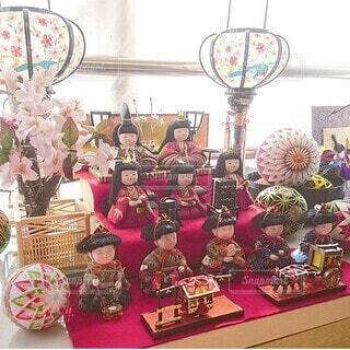 春,桜,屋内,ピンク,花瓶,ディスプレイ,ひな祭り,ひなまつり,3月,グッズ,行事,木目込み,木目込み人形,手鞠,出窓インテリア,出窓ディスプレイ
