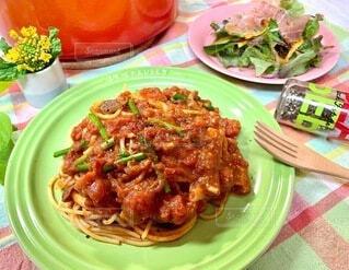 食べ物,食事,ディナー,テーブル,野菜,皿,パスタ,料理,おうちレストラン
