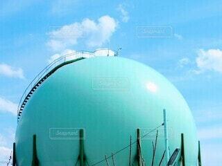 大きなガスの球体の写真・画像素材[4169044]