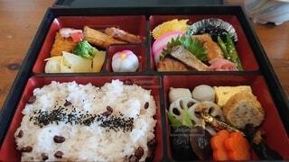 食べ物,風景,屋内,ご飯,料理,寿司,ファストフード,白米,スナック,ボックス,プラスチック