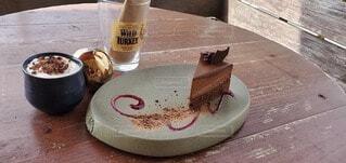 食べ物,ケーキ,コーヒー,テーブル,チョコレート,カップ,地面,ドリンク