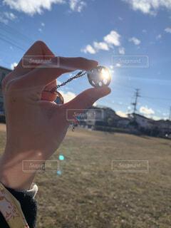 空,屋外,太陽,光,人物,人,地面