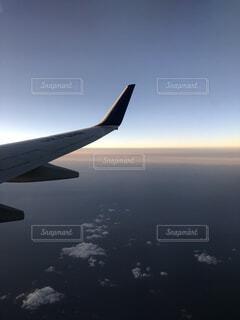 空,屋外,雲,飛行機,水面,翼,フライト,旅客機,空の旅,航空,車両