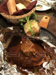食べ物,ランチ,テーブル,ハンバーグ