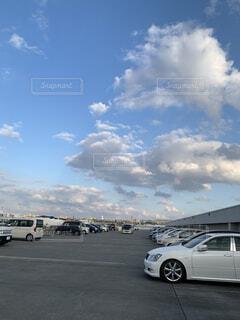空,屋外,雲,駐車場,道路,滑走路,ホイール,陸上車両