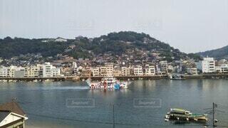 風景,海,空,屋外,湖,ビーチ,ボート,船,水面,山,旅行,港,車両,水上バイク