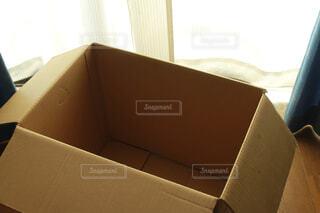 空っぽの段ボールの写真・画像素材[4292760]