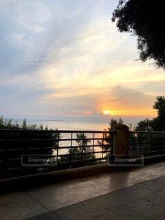 風景,空,夏,屋外,雲,夕暮れ,海岸,樹木,歩道,イタリア,港町,プーリア