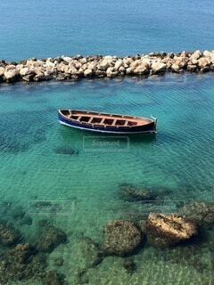 風景,海,夏,屋外,湖,ボート,水面,海岸,岩,イタリア,港町,プーリア