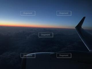 空,屋外,雲,飛行機,航空機,空の旅,車両