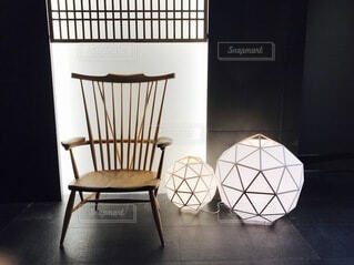 建物,屋内,椅子,テーブル,床,壁,家具,デザイン