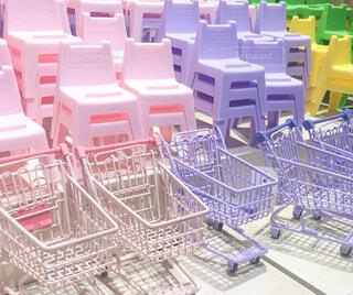 ピンク,緑,紫,黄色,椅子,家具,雑貨,デザイン,カート,韓国
