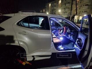 車,自動車,タイヤ,車両,ホイール,モーター,ヘッドランプ,自動車部品,自動車用照明,自動車デザイン,陸上車両
