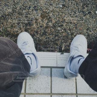 靴,屋外,サンダル,ジーンズ,人物,人,スニーカー,靴下,足首,ズボン,アウトドアシューズ,ウォーキングシューズ,ブート