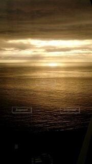 風景,海,空,屋外,太陽,雲,夕暮れ,水面,海岸