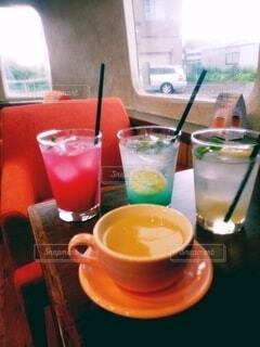 食べ物,コーヒー,屋内,ジュース,カップ,カクテル,ソフトド リンク,ノンアルコール飲料