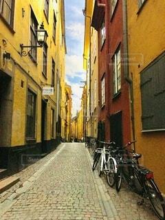 街並み,スウェーデン,ストックホルム,海外,赤,かわいい,カラフル,黄色,ヨーロッパ,街,石畳,旅行,旅,北欧,町,町並み,ガムラスタン