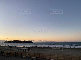 自然,空,屋外,湖,ビーチ,雲,夕暮れ,水面,人物,江ノ島,日の出