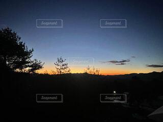 風景,空,冬,屋外,太陽,朝日,雲,山,夜明け,樹木,朝,日の出