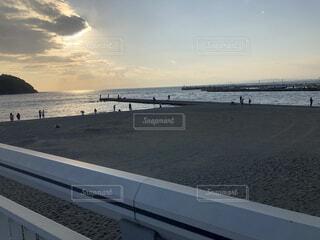橋からの海岸の写真・画像素材[4155317]