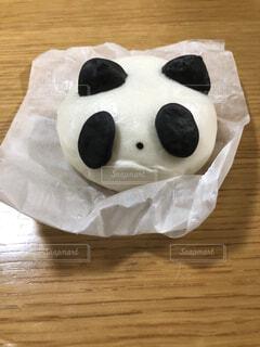 食べるほどもったいないパンダ肉まんの写真・画像素材[4163288]